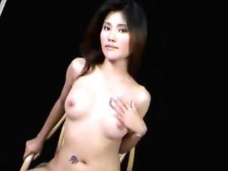 Sexy Thai Gal Hot Striptease
