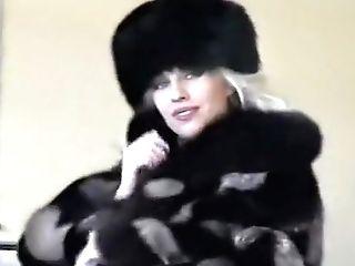 Crazy Blonde, Cougars Xxx Clip