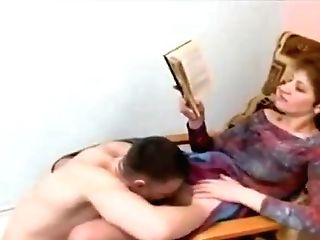 Hot Ameatur Cfnm Fem Dom Woman Recieves Pussy Eating Sitting In A Sundress