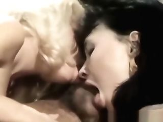 Old School Orgy Bj With Three Stunners
