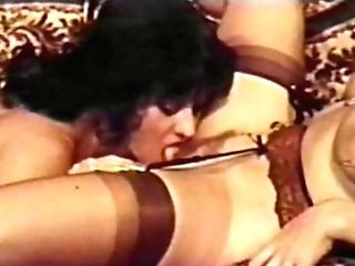 Girl-on-girl Peepshow Loops 647 70s And 80s - Scene Four